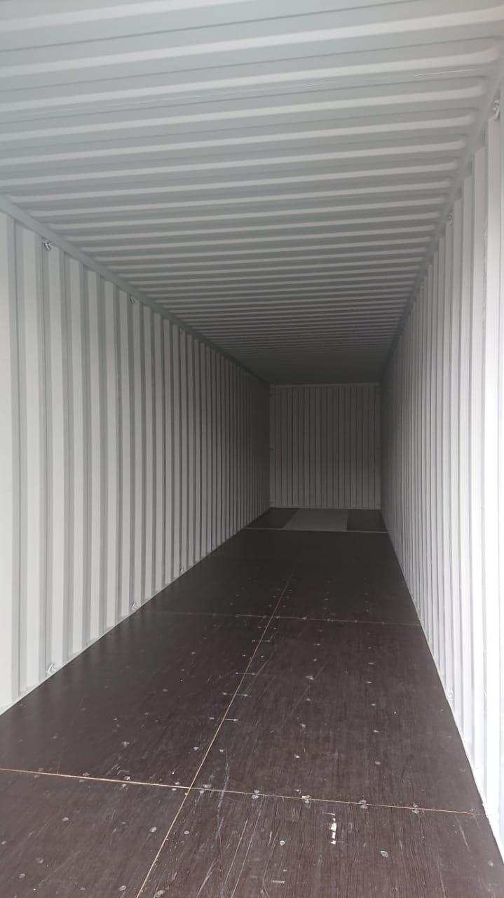 interior contenedor